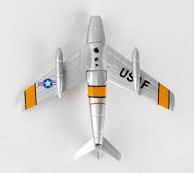 DARON ポステージスタンプシリーズ 1/110 F-86セイバー